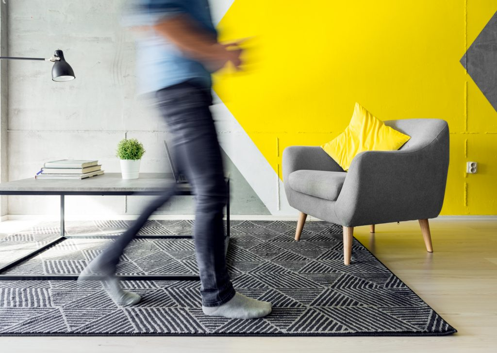 office with yellow accents - the psychology of the colour yellow