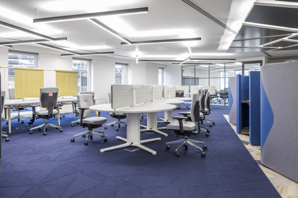 large office fit out and office design in London - hot desks